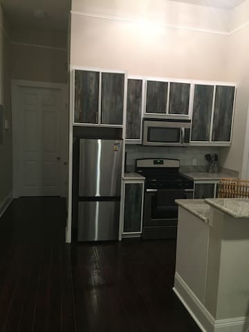 1 Bedroom/1 Bath Unit in Central City