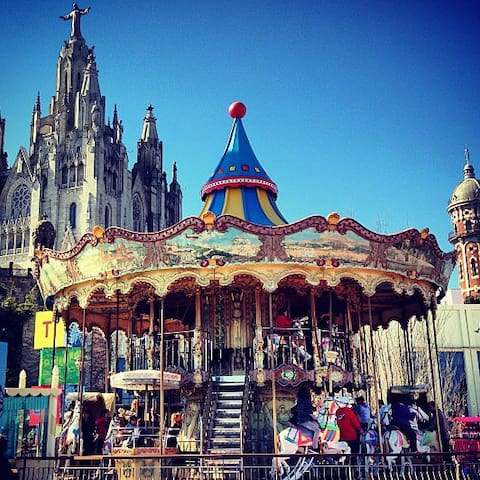 Tibidabo - Placa kennedy barcelona ...