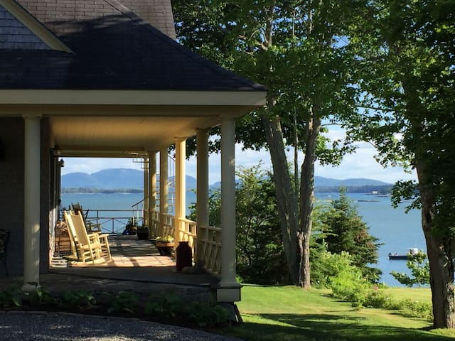 Lilac - Garden View - Acadia Bay Inn Bed & Breakfast