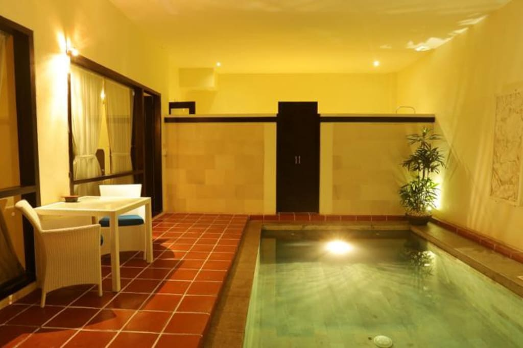 Guest Room - Private Pool