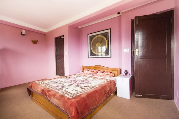 Star View Guest House - Room B1: Ganesh - Changunarayan - Guesthouse