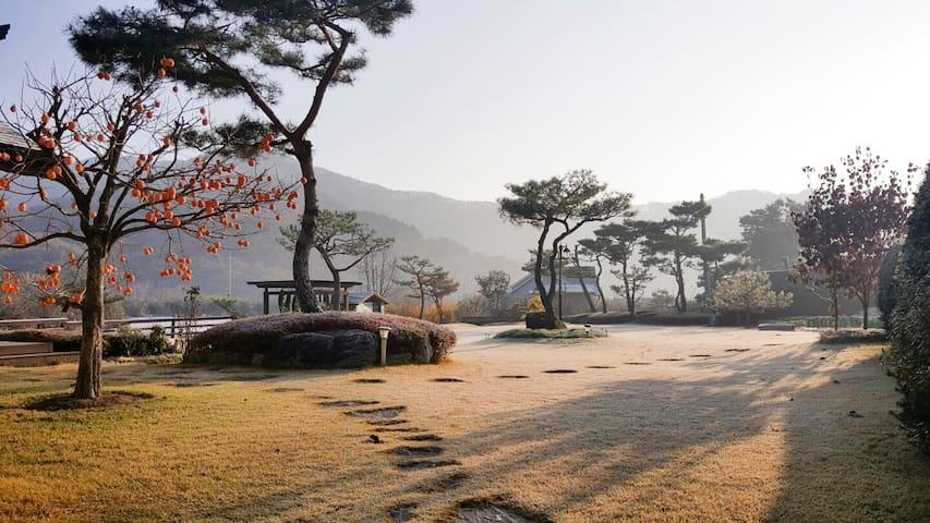 Single-family house w/ a big garden - YangPyeong-gun yongmun-myun - บ้าน