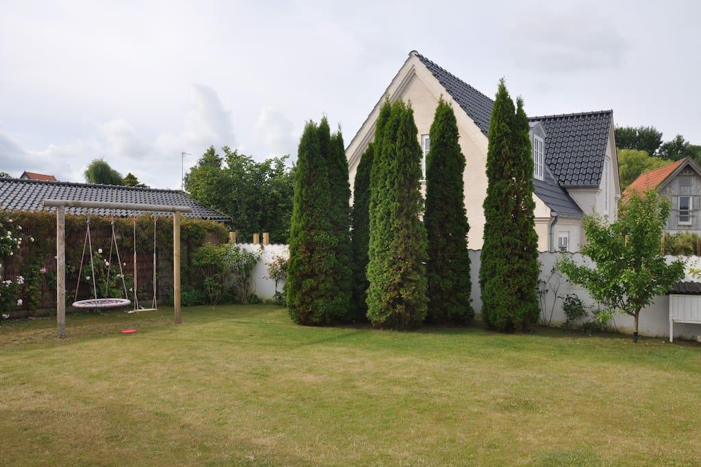 Closed garden