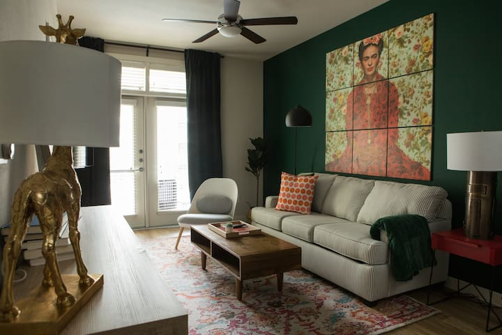 Sleek 1BR North Austin Apt #345 by WanderJaunt