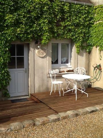 Maison de charme dans hameau tranquille - Gometz-la-Ville - Huis