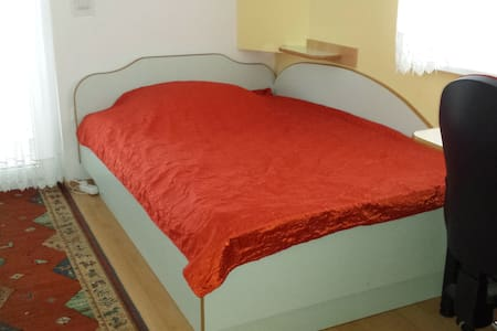 Room with french bed (130cm)-Rooms & Apart. Jana