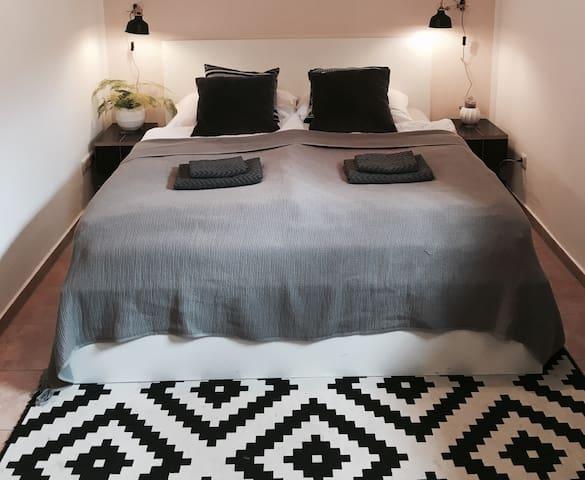 Gemütliche Einliegerwohnung - Stephanskirchen - Bed & Breakfast