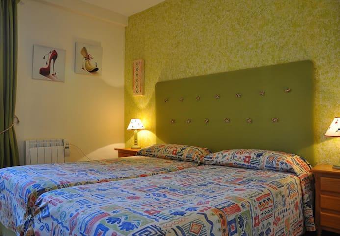 Apartamentos Los Pirineos Biescas - 701