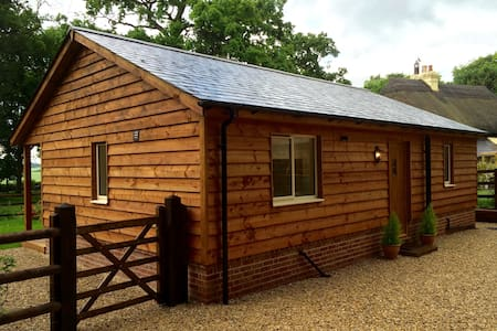 Newly Built Detached Lodge nr Salisbury Wiltshire - Winterslow - อื่น ๆ