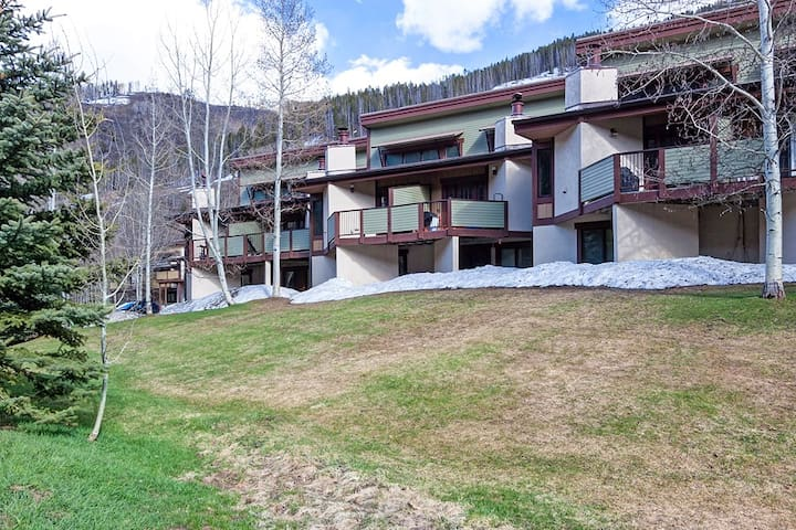 Sunny West Vail Townhome On Free Bus Route