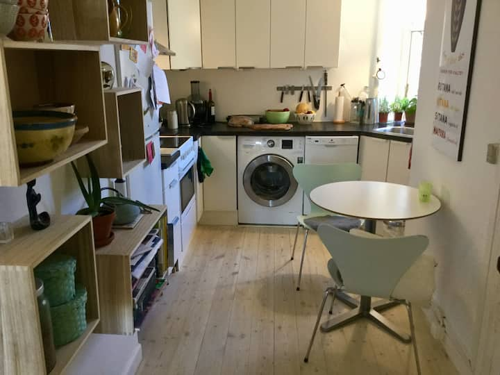Lovely flat with a balcony- in Vesterbro