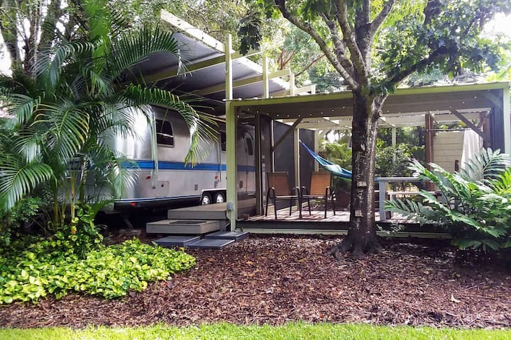 Classic Airstream in Sunny Sarasota!