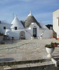 Trullo d'Itria - 奧斯圖尼