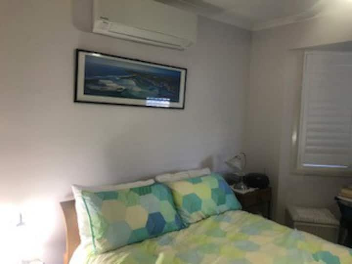 Nundah Holiday Haven, Single Beds (2)
