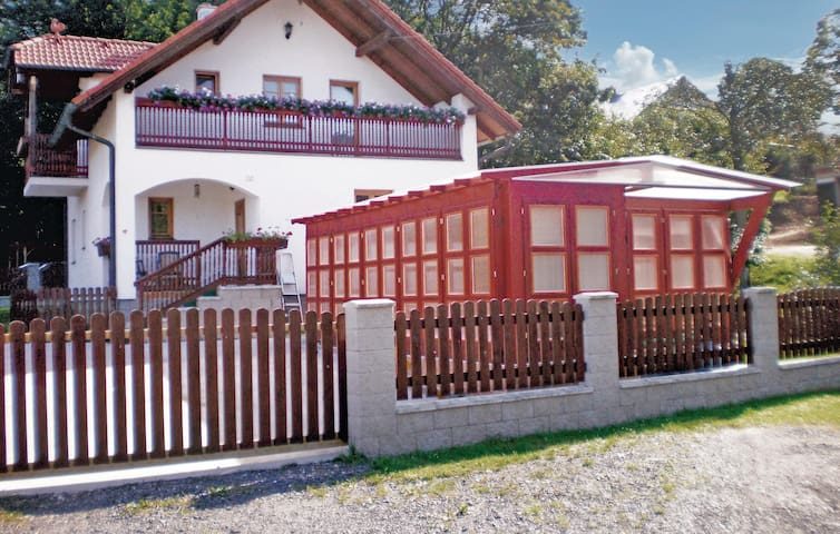 Holiday cottage with 3 bedrooms on 112 m² in Cheb