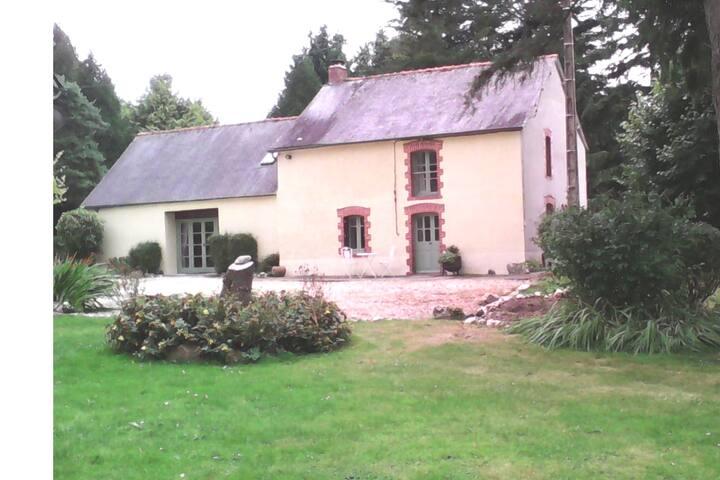 Cottage Du Trefle (Clover Cottge) - Self Catering
