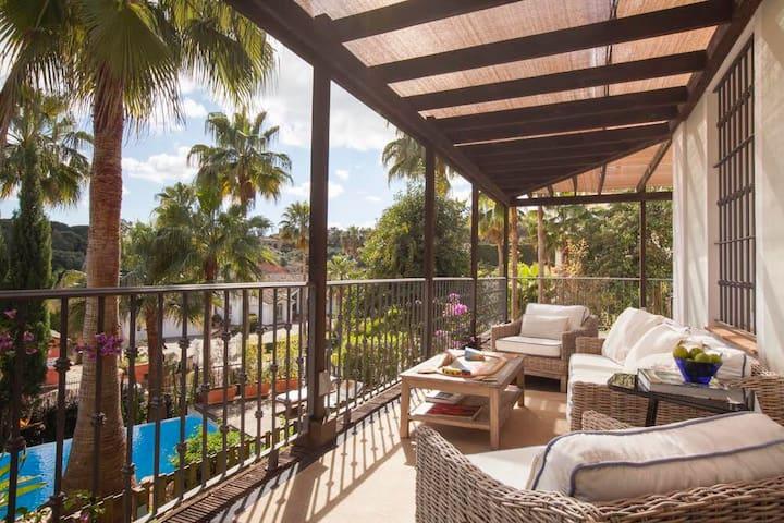 A Sotogrande retreat Villa min.1wk