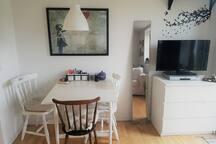 Clean and cosy studio w. private bath and kitchen