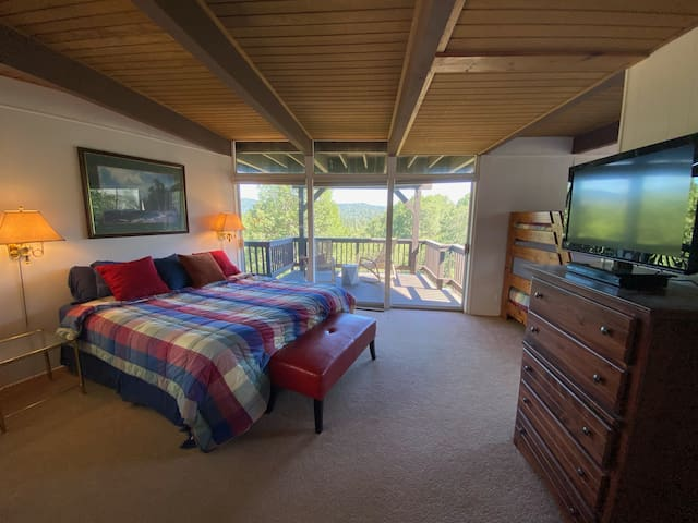 Bottom floor bedroom