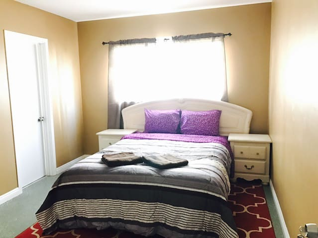 Great Bedroom with private bathroom near Universal - Los Angeles - Leilighet