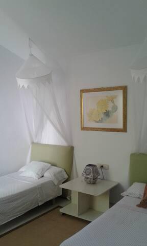 Dormitorio/ Bedroom 3