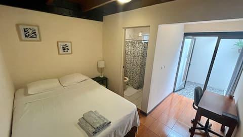 ラ・ヴェシンダ-素敵な1ベッドルーム-シェアアパート