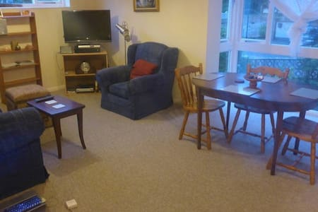 2 bed flat in Sandbanks - 普爾 - 公寓