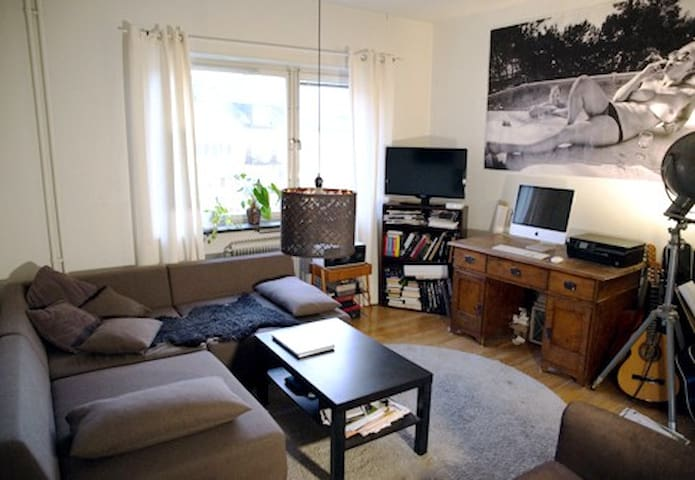 Cozy and central apartment in the heart of Sthlm!