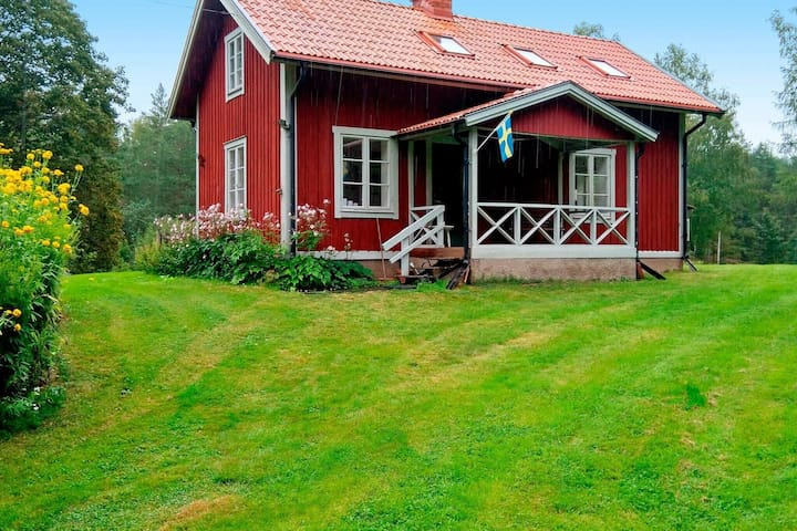 6 person holiday home in MOTALA
