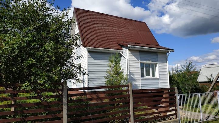 Дачный дом с дизайнерским интерьером