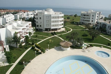 ida tatil sitesinde deniz e cok yakin - Edremit - 公寓