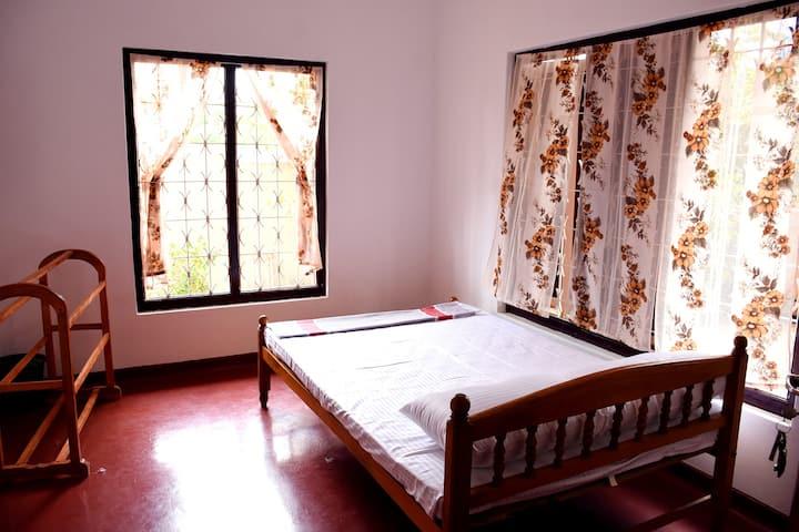 Kumar's Place