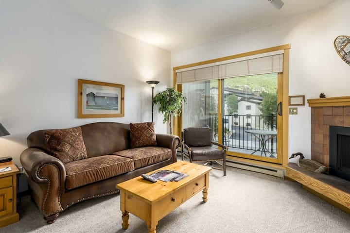 Studio just steps from the base w/ shared hot tub, large pool & more!
