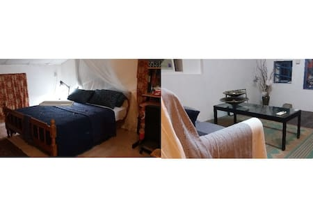 Spacious Attic Studio with Bedroom & Sitting Room - Χονγκ Κονγκ - Bed & Breakfast