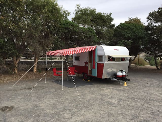 Vintage Beach Camping in Encinitas CA!
