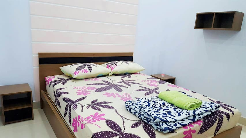 Modern bedroom in brand new built townhouse - 3.2 - Phú Nhuận - Townhouse