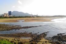 下午退潮的沙崙海灘