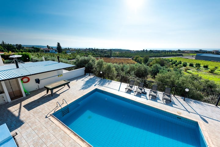 3 bedroom Villa Aphrodite with private pool and amazing views