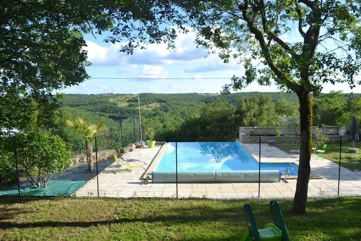 maison 145 m2 avec piscine à débordement - Flaujac-Poujols - Hus