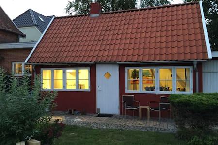 Hyggelig feriebolig i rolige omgivelser - Tønder