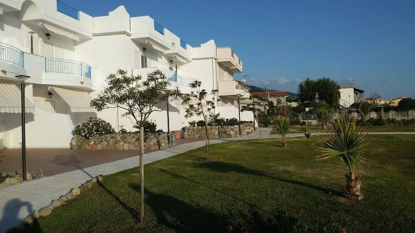 Apartments on the beach Rivazzurra - Belvedere Marittimo