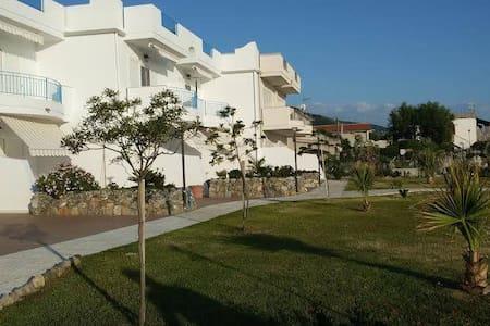 Apartments on the beach Rivazzurra - Belvedere Marittimo