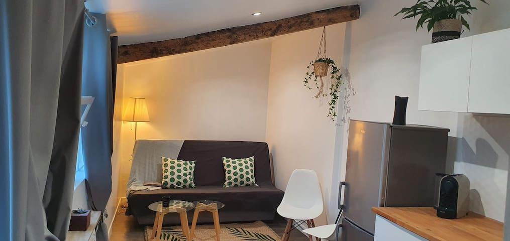 Studio Valentine maisonnette avec piscine chauffée