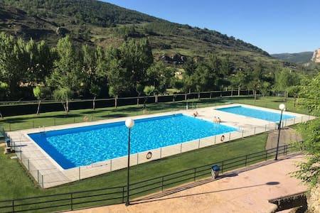 Atico Duplex en Usarena de 3HB con acceso piscina.