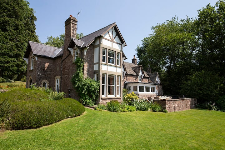 Beautiful country house Wye Valley AONB. Sleeps 6+