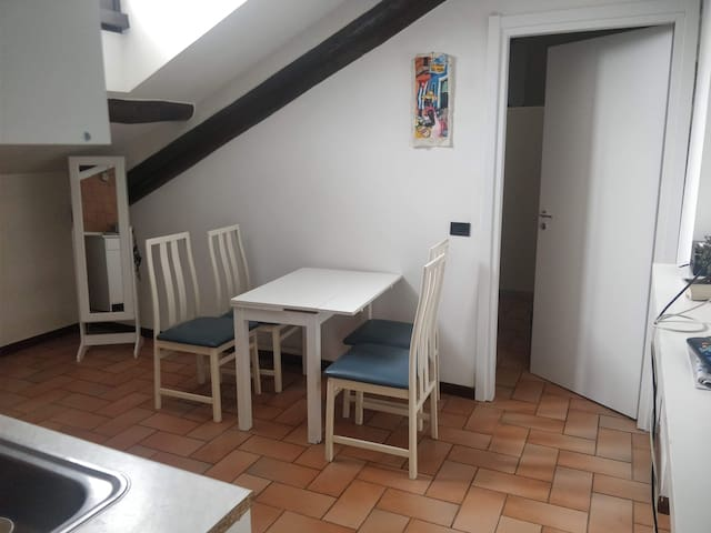 Studio Apartment Close to Duomo/Central Station