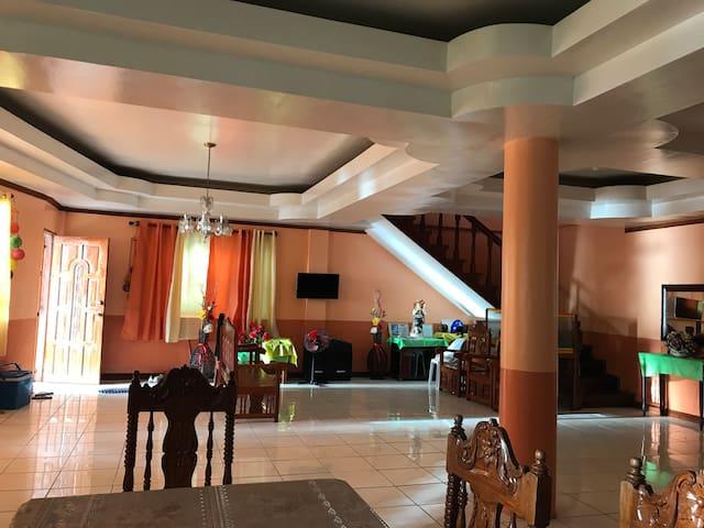 Twin Island Beach House, Hinunangan (Privt Rooms)