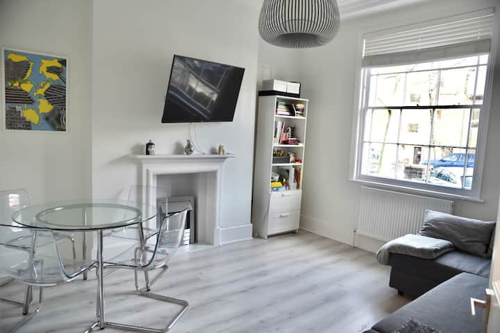 Newly Refurbished 1-Bed Garden Flat, St Johns Wood