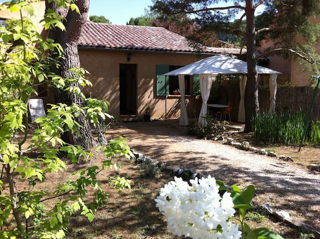 A la découverte du Luberon... - Gargas - House