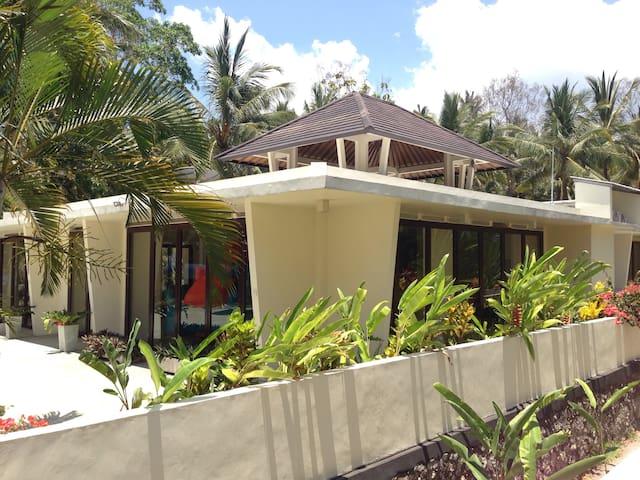 Sumber Sari Eco Villas, TENTERAM - Melaya - วิลล่า
